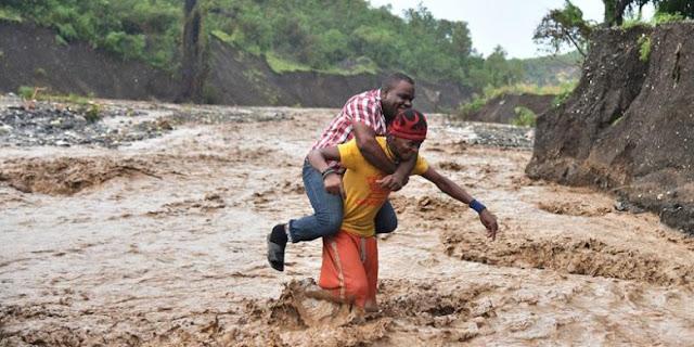Presiden Obama Tetapkan Status Darurat Atas Ngerinya Badai Matius di Haiti hingga Tewaskan 108 Orang