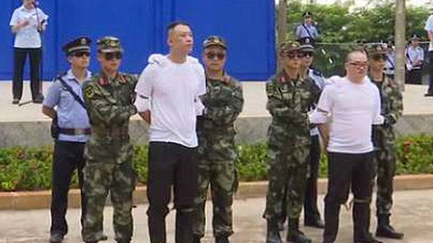 Drug dealers sentenced to death in front of crowd in China