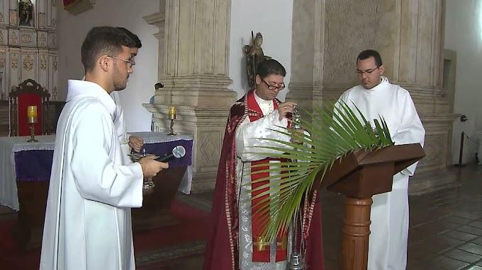 EXPLORAÇÃO SEXUAL: Padre citado em denúncias de abuso sexual é afastado pela Arquidiocese da Paraíba.