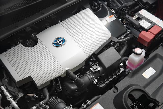 View of powertrain in 2016 Toyota Prius hybrid