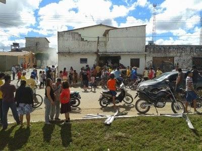 Planalto: Explosão destrói casa e veículo