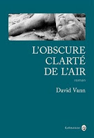 https://itzamna-librairie.blogspot.com/2018/02/lobscure-clarte-de-lair-david-vann.html