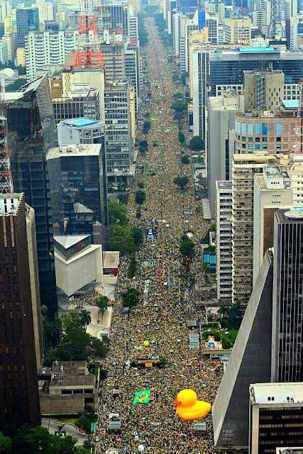 13 de março de 2016: avenida Paulista, São Paulo