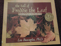 "Book cover of ""The Fall of Freddie the Leaf"""