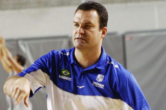 Flávio Davis tem seu nome na história do basquete do Minas [Divulgação/Minas]