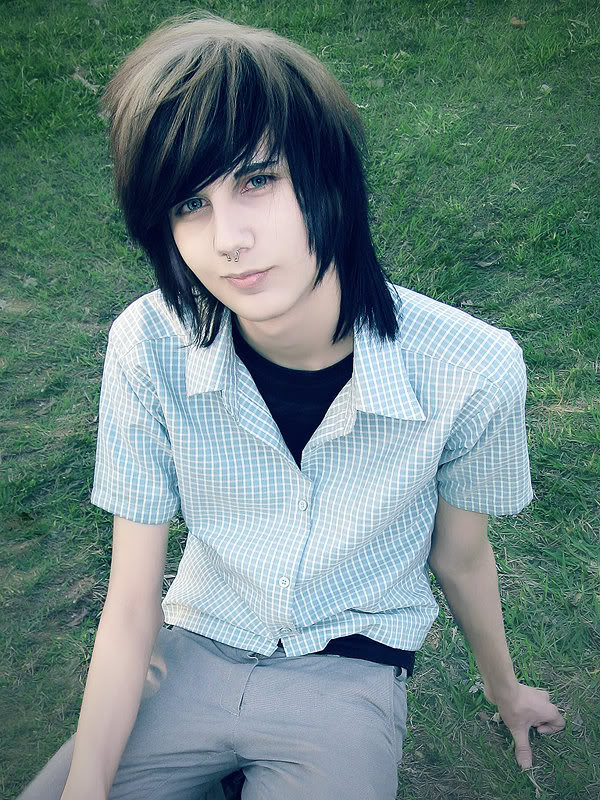 Blonde Emo Hairstyles For Guys 114