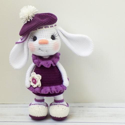 Pretty Bunny Amigurumi in Dress - Free Crochet Pattern