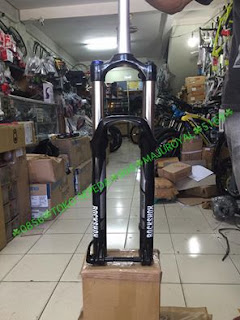 27.5 inch Fork Rockshox Sektor Air Travel 140