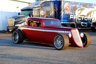 Factory Five Racing - '33 Hot Rod