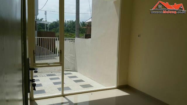 Rumah modern dijual di Malang