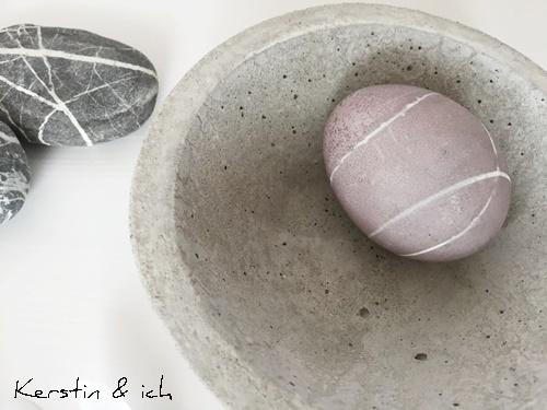 grau Ostern Eier Steinfarben