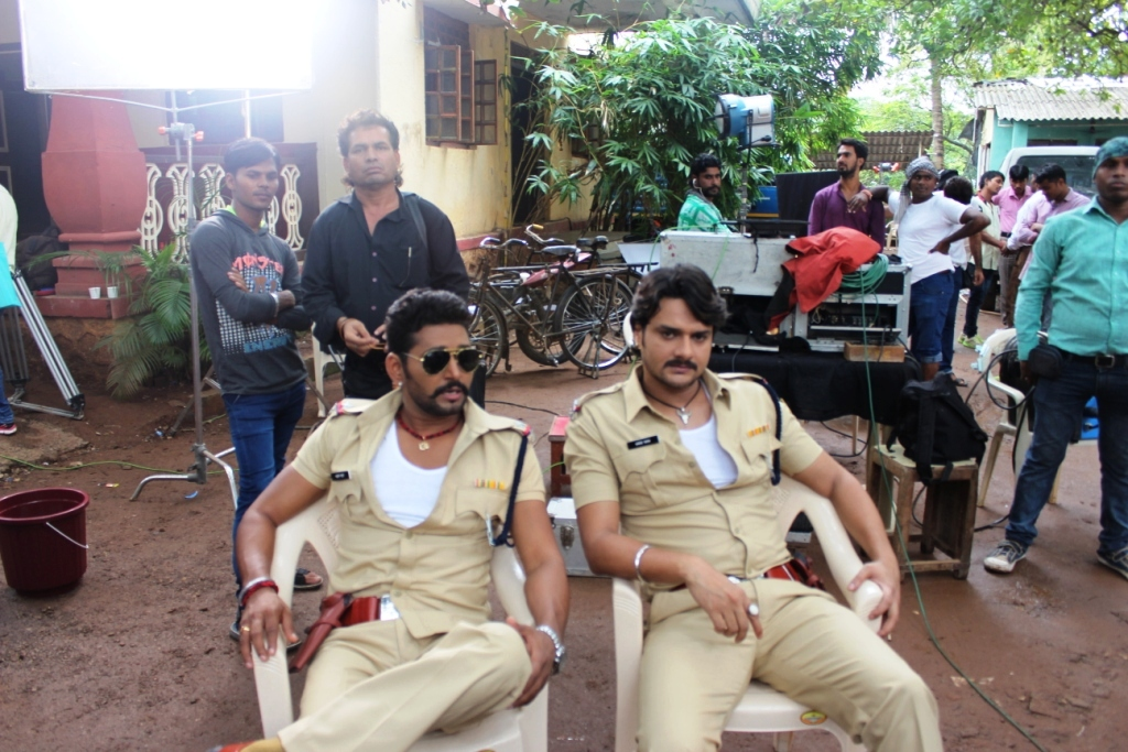 Yash Kumar Lootere Bhojpuri Movie Shooting stills, Lootere Bhandar Bhojpuri Movie
