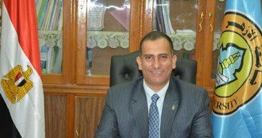 محمد أنور عميدًا لكلية صيدلة الأزهر بأسيوط