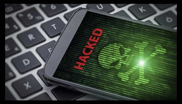 Hackers faturam meio milhão de dólares por falhas em celulares em competição