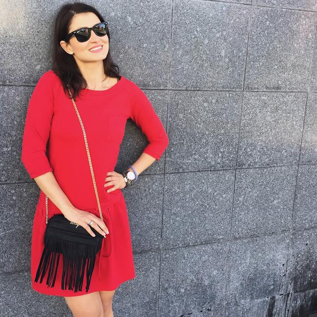 red dress, poznań streetstyle, street style, street style lato, czerwona sukienka, fringe bag, torba z frędzlami