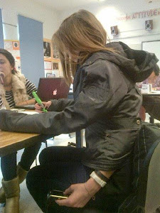 smiješna školska fotografija: kopiranje za vrijeme školskog ispita