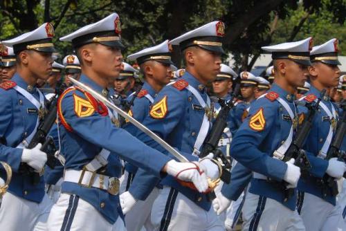 Pakaian Dinas Upacara (PDU) taruna akmil