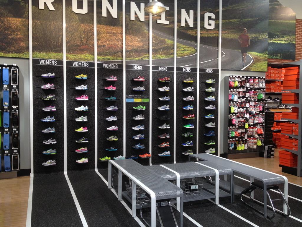 cbb453c76 Endereços das lojas de esportes DICK S Sporting Goods em Orlando