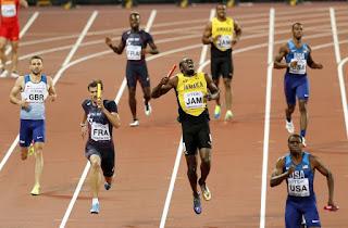 O adeus dramático de Usain Bolt em meio a uma lesão nos 4x100