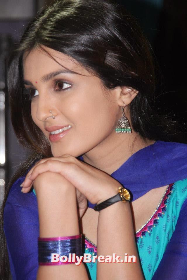 , Shiny Doshi Hot Face Close up Pics - Kusum from Saraswatichandra