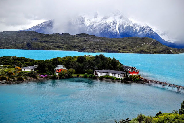 Best places to see in chile: Torres del Paine National Park and the Atacama Desert