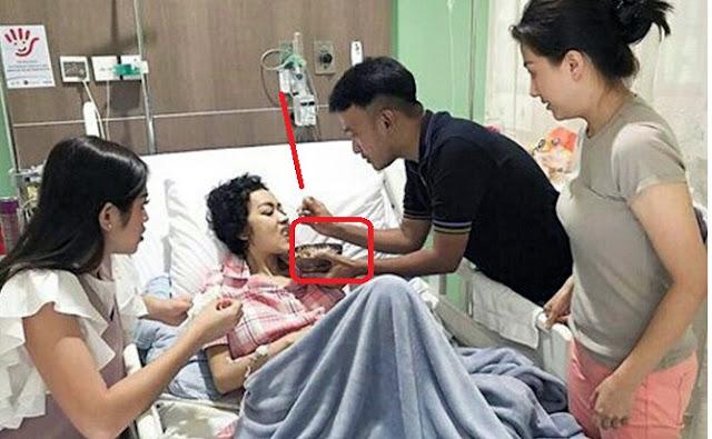 Mengharukan, Ruben Onsu Rela Menyuapi Julia Perez Makan