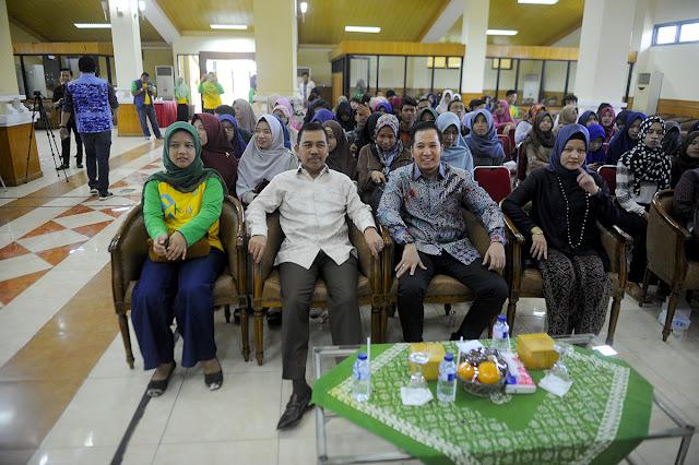 Ishak Mekki Buka Seminar Pemuda Peduli Kanker Anak