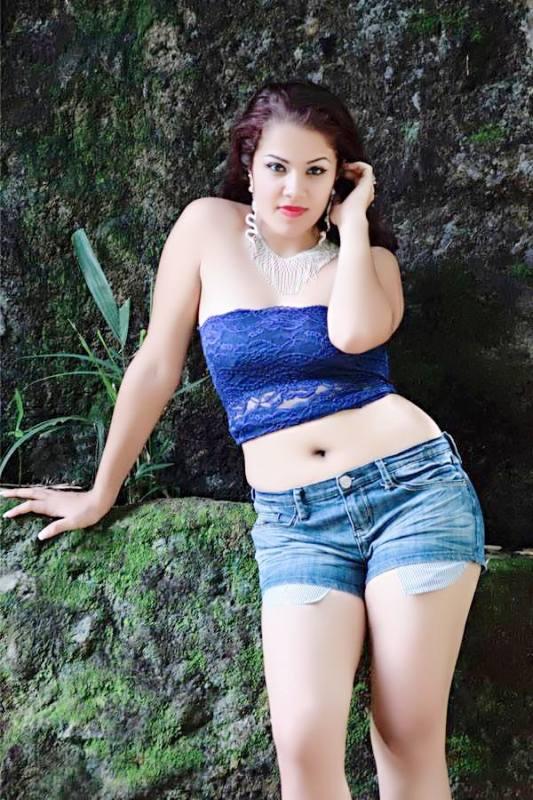 Gemma Sammati Wet Pictures