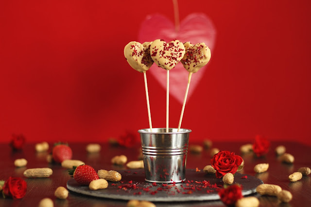 A Valentines Day Special from the German food blog Pancake Stories - peanut butter strawberry jelly pancake hearts in sticks sprinkled with rose petals and salt. That's the big romantic gesture you were looking for.