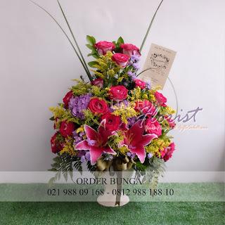 toko bunga dijakarta, jual bunga meja cantik, jual bunga meja segar, madame florist, toko bunga murah, jual bunga meja murah, kirim bunga meja bebas biaya antar
