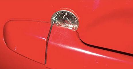 Cuidado: se você encontrar ISSO na porta do seu carro, fique atento! Seu veículo pode estar prestes a ser roubado.
