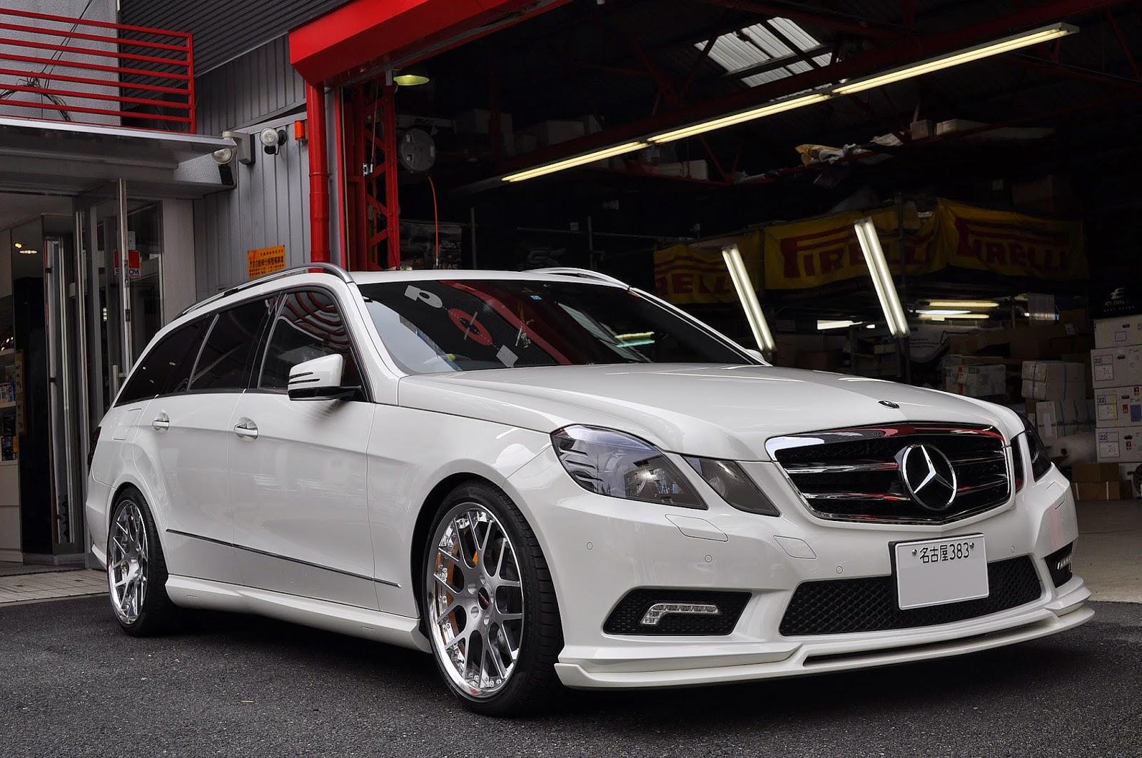 White  Mercedes Benz S Class S