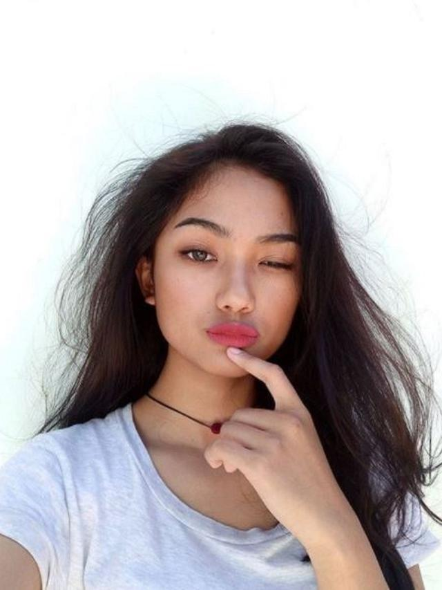 Marion jola xx indonesian idol elimination indonesian women the police finally intervene to investigate video mesum similar marion jola the video is not circulating in the viral senoh and dragging the name of marion stopboris Image collections
