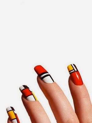Diseño Geométrico de uñas muy artístico.