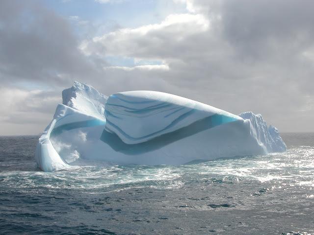 الجليدية jade_iceberg.jpg
