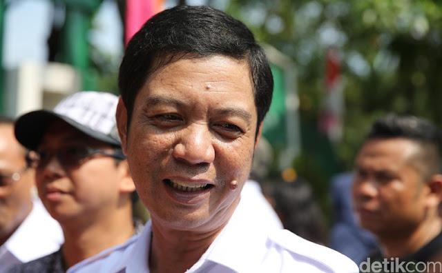 Disemprot AHOK, Wali Kota Jakut Rustam Effendi Curhat di Facebook