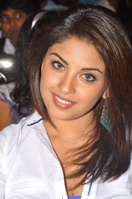 Richa Gangopadhyay New Pictures at Ee Rojullo Audio
