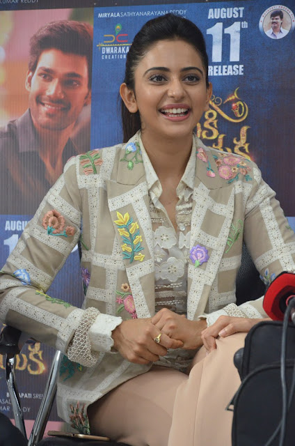 rakul preet singh at JJN success meet