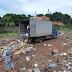 PRF flagra caminhão descartando lixo nas margens da BR-135 no MA