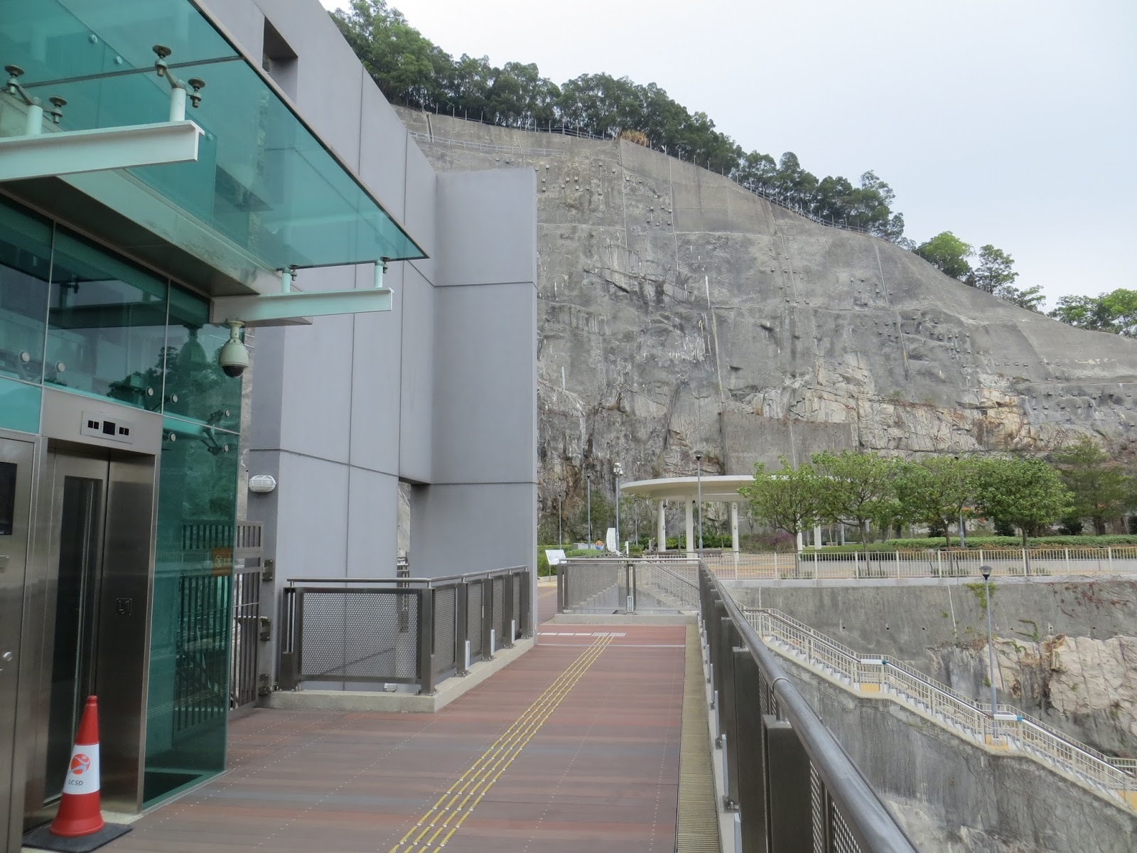 Allan's Blogspot: 彩榮路公園和佐敦谷公園