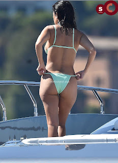 Kourtney+Kardashian+vin+thongs+candids+Sexy+Smooth+small+Naked+Ass+July+2018+%7E+CelebsNext.xyz+Exclusive+Celebrity+Pics+06.jpg