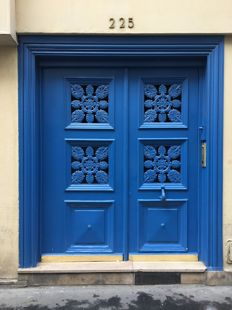 The Many Beautiful Doors of France /// By Faith Towers Provencher of Design Fixation