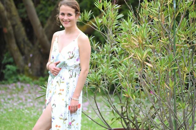 German Fashionblog Fleur et Fatale aus Stuttgart zeigt Maxikleid