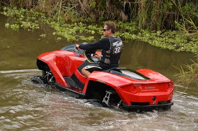 Gibbs Quadski é um carro anfíbio quadriciclo / ATV