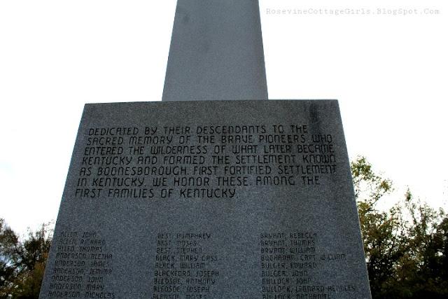 Monument at Fort Boonesborough