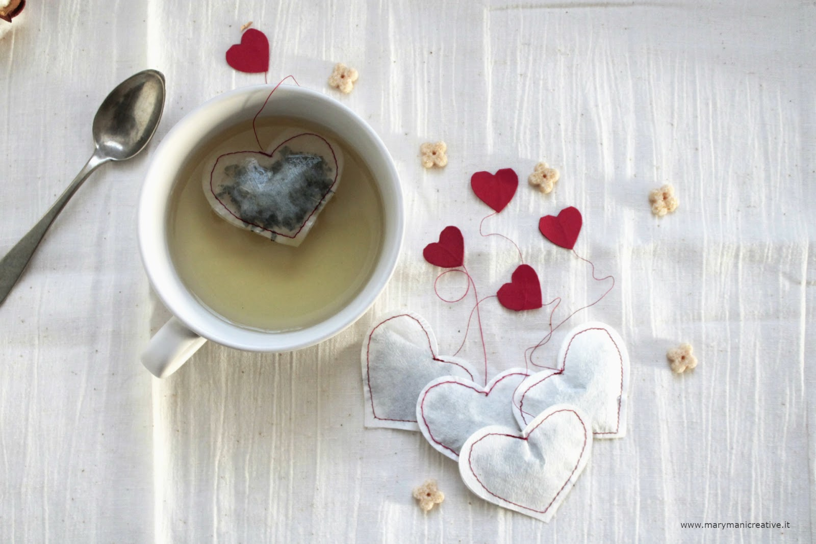 DIY-tea-bags-hearts-marymanicreative