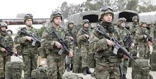 """Αλβανικός Τύπος: """"Η Ελλάδα κινητοποιεί στρατεύματα στα συνορά μας"""""""