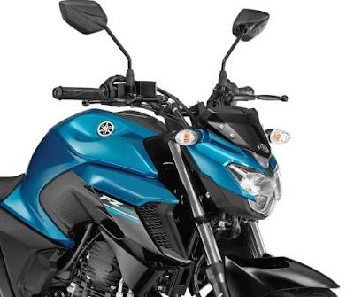 2017 Yamaha FZ25 close up shot