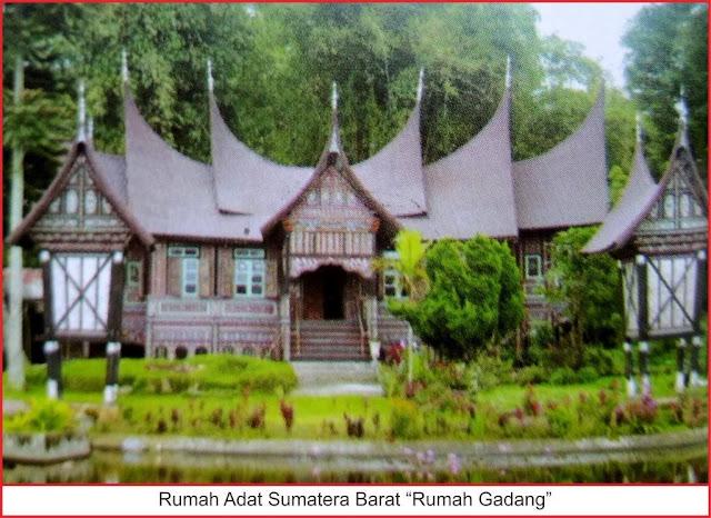 gambar rumah adat sumatera utara rumah gadang