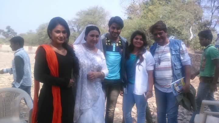 Pradeep Pandey 'Chintu', Priyanka Pandit ON Set Deewane pics